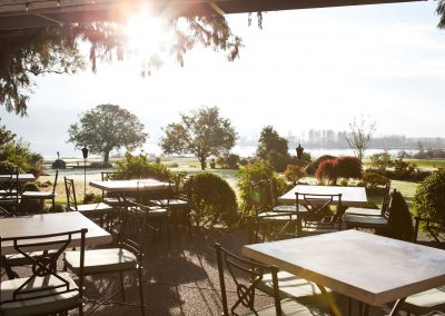 clubhouse-patio-sun